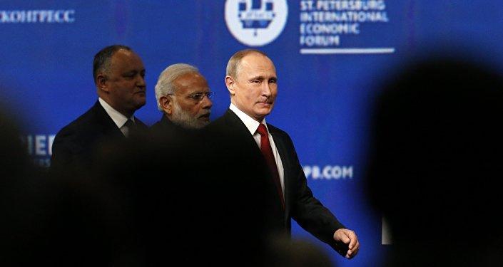 Igor Dodon, Naréndra Módí a Vladimir Putin