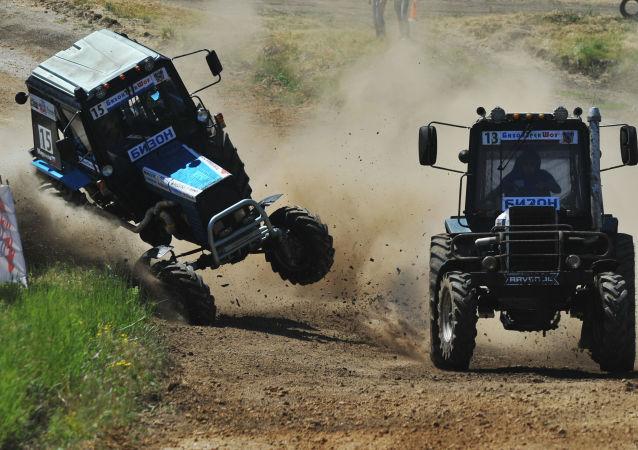 Traktorové závody Bizon-Track-Show
