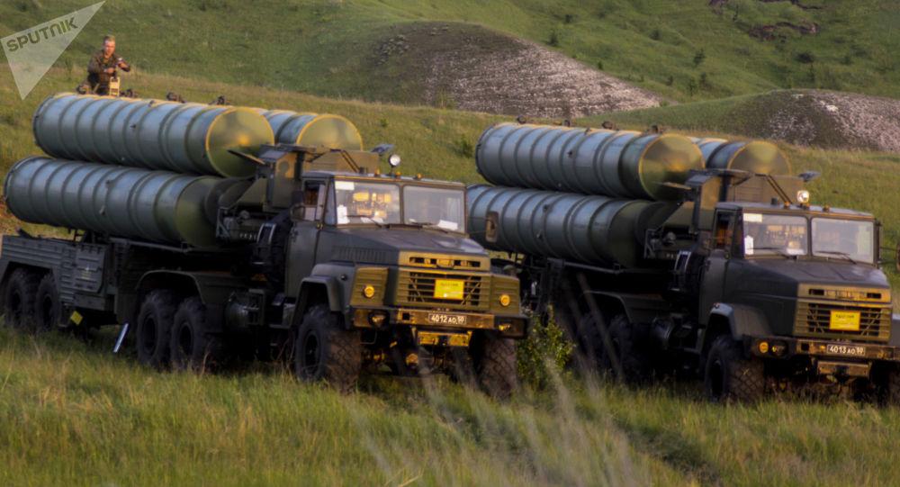Raketové komplexy S-300. Ilustrační foto