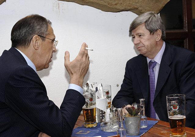 Sergej Lavrov a Eduard Kukan