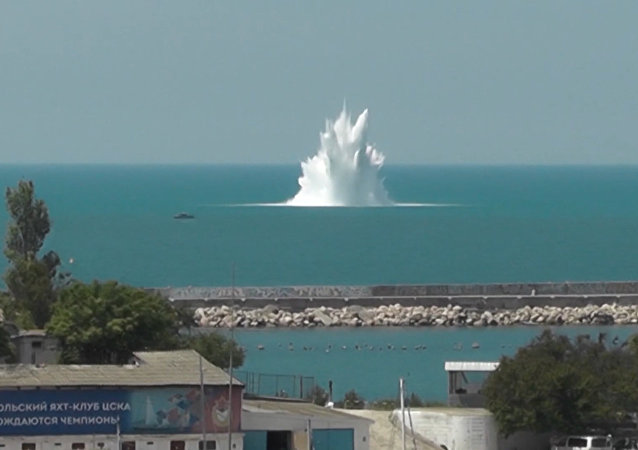 U vstupu do zálivu Sevastopolu odpálili tunovou minu