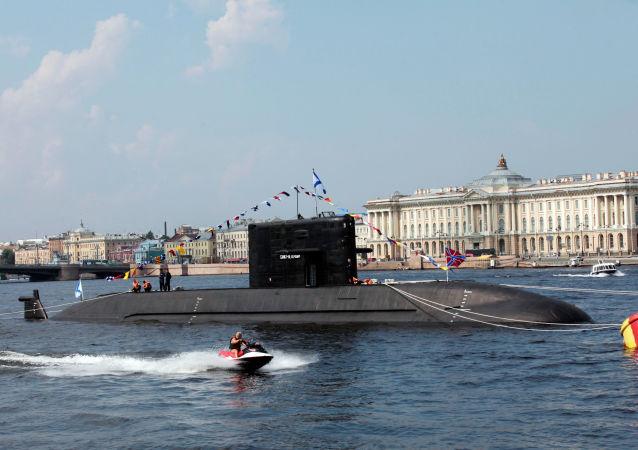 Dieselová ponorka projektu 677 typu Lada