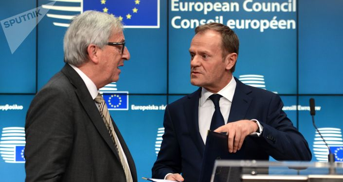 Prezident Evropské rady Donald Tusk a prezident Evroské komise Jean-Claude Juncker