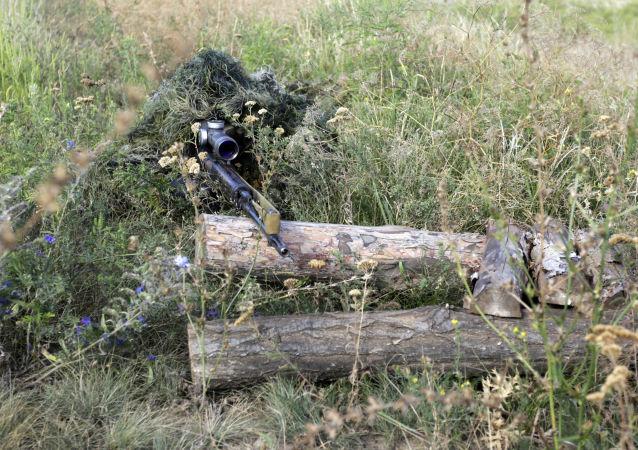 Odstřelovač ukrajinské armády v LLR