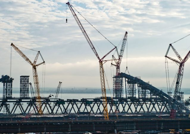 Stavba mostu na Krym