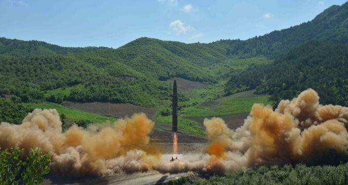 Balistická raketa Hwasong-14 v KLDR