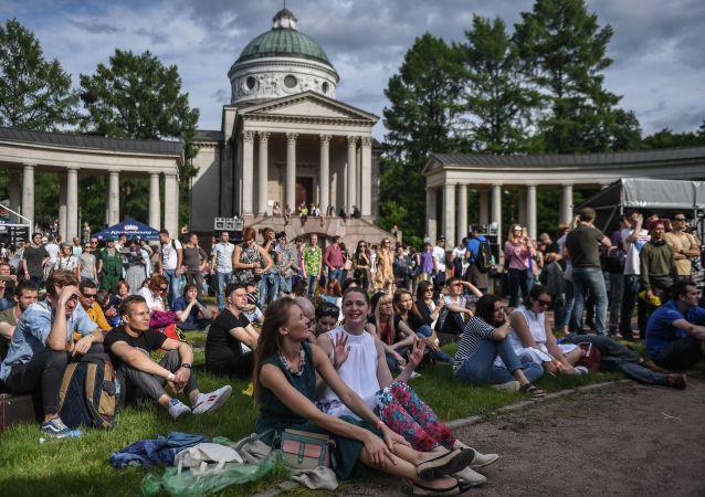 Návštěvníci mezinárodního festivalu Usadba Jazz 2017 v Moskvě
