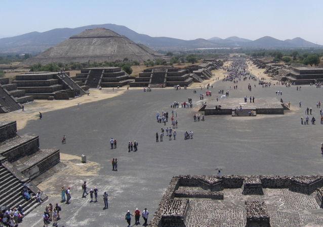 Město Teotihuacán