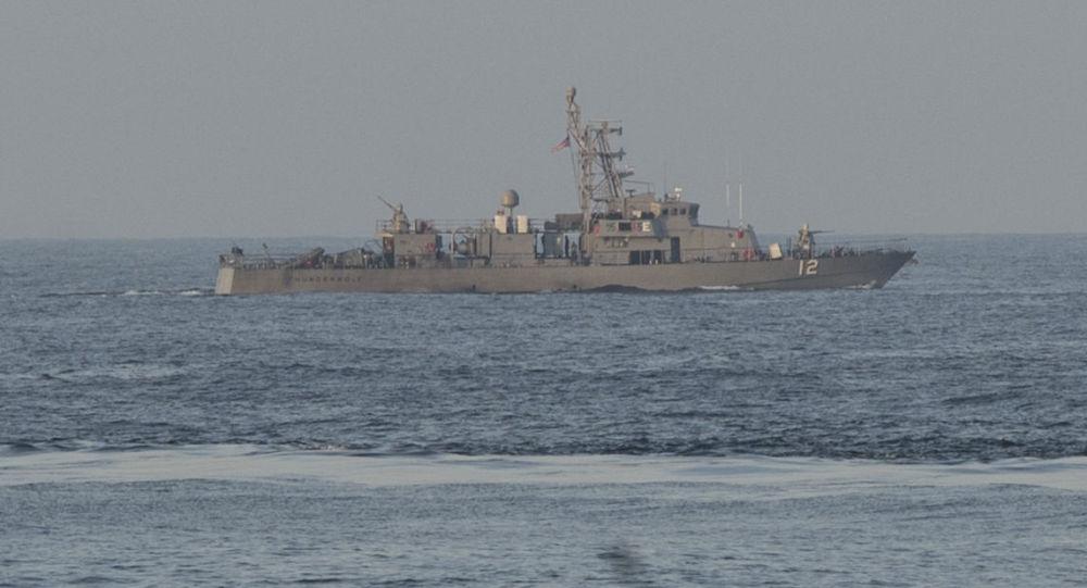 Americká vojenská loď Thunderbolt