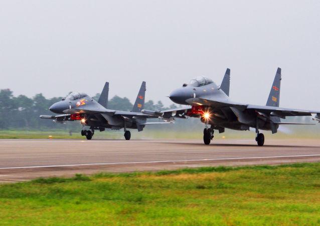 Čínská letadla SU-30