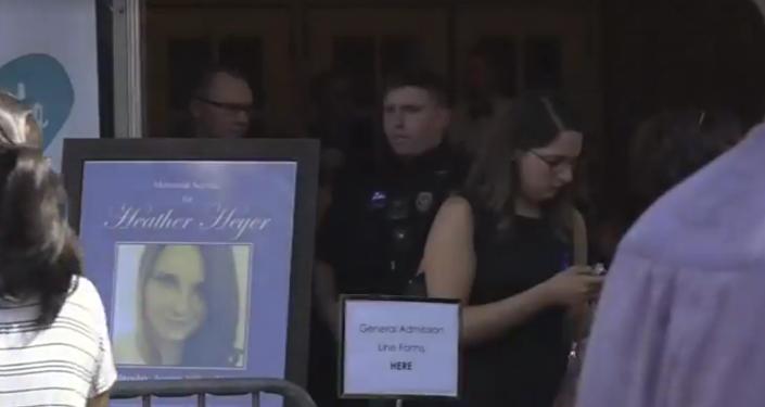 Charlottesville pohřbívá oběť automobilového útoku
