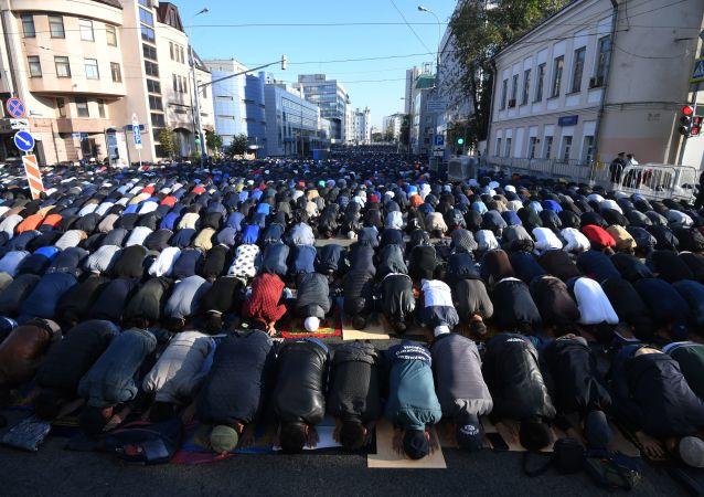 Moskevská mešita v den Svátku oběti