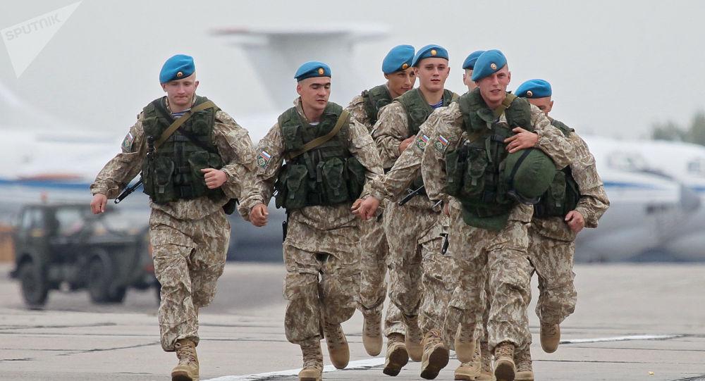 Ruští vojáci během cvičení Západ 2017