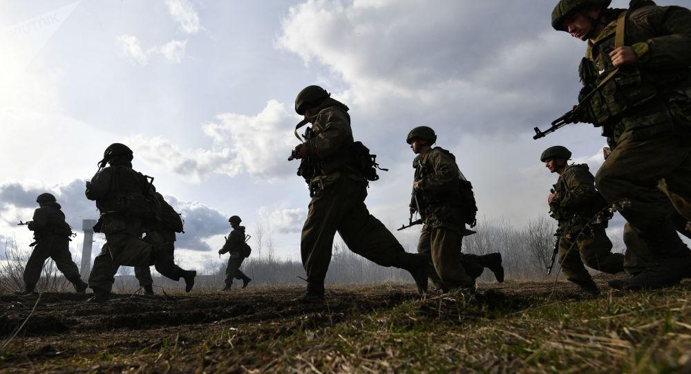 Rusko-běloruská cvičení výsadkářů