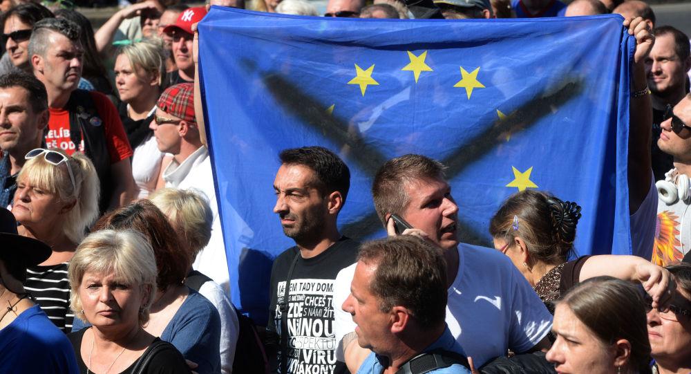 Demonstrace proti imigraci v Praze