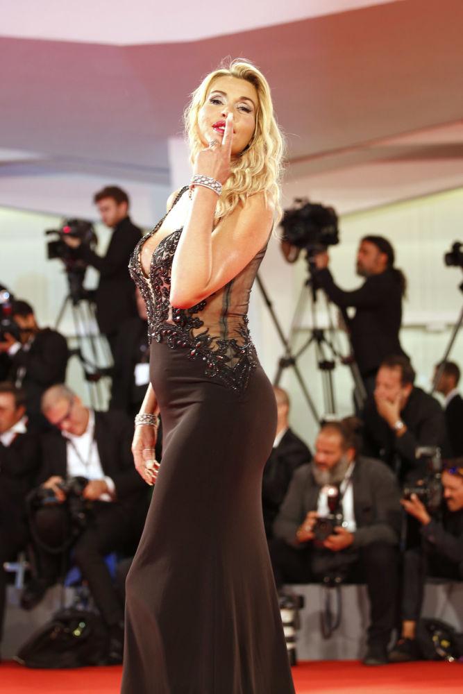 Nejpamátnější šaty Benátského festivalu