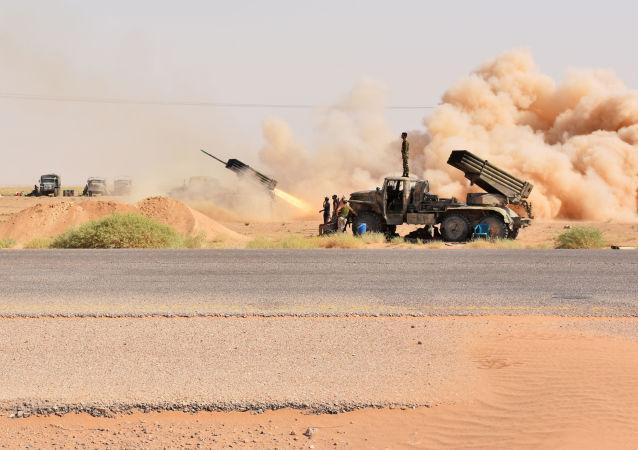 Syrští vojáci v okolí Dejr az-Zauru