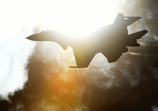 Víceúčelová stíhačka Su-30SM