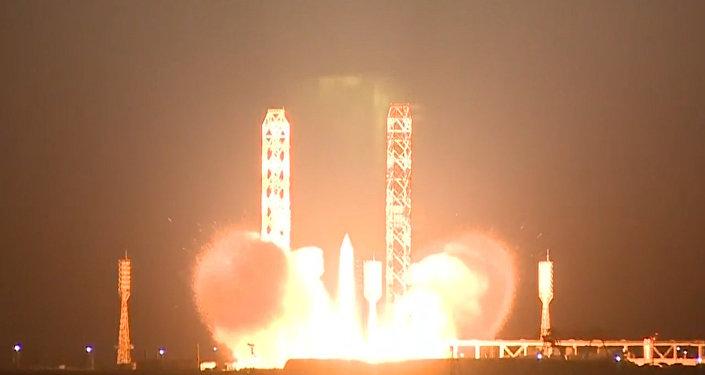 Proton-M na oběžnou dráhu vynesl španělský komunikační satelit Amazonas-5