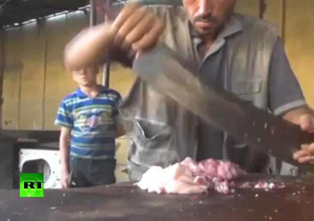 Kebaby jsou zpátky: oblíbené jídlo se vrátilo do Dajr az-Zauru