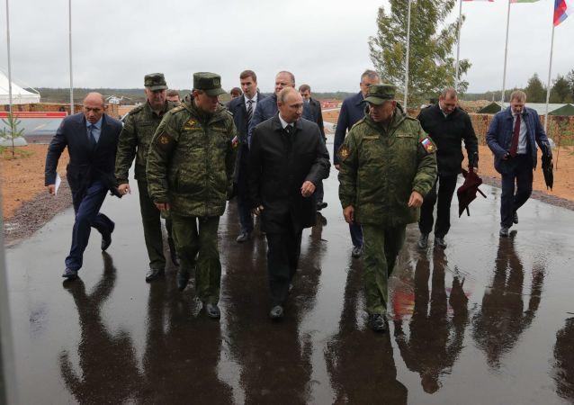 Putin přijel do Leningradské oblasti na cvičení Západ 2017