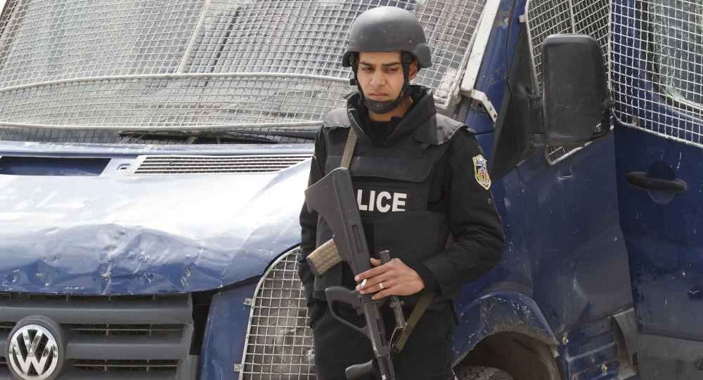 Tuniský policista