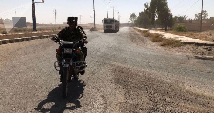 Kolona s humanitární pomocí v Dajr az-Zauru