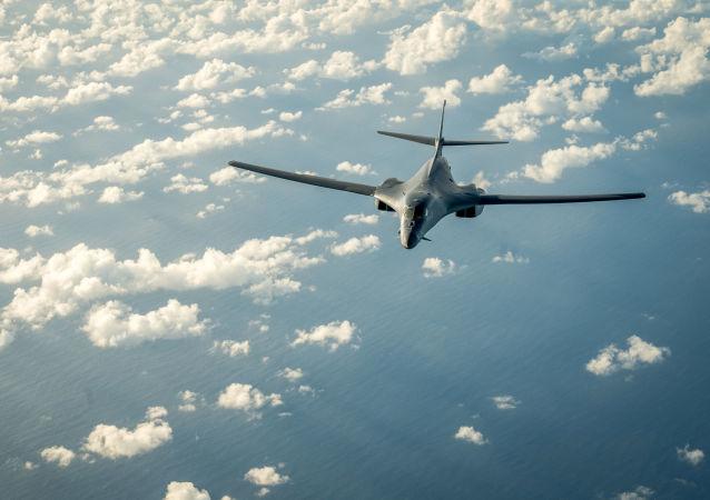 Americký bombardér В-1В
