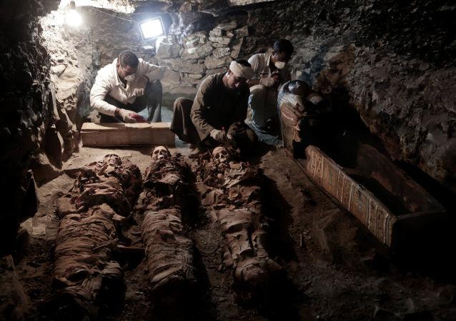 V Luxoru objevili dříve neznámou hrobku