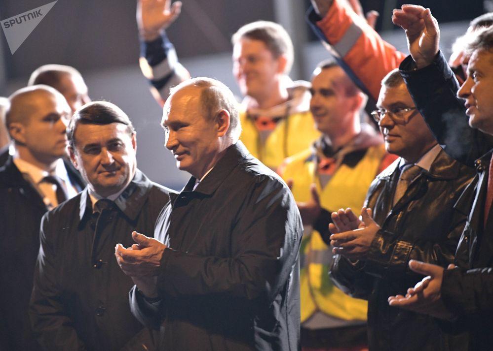 Prezident RF Vladimir Putin během pracovní cesty v Petrohradě