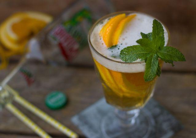 Pivní koktejl