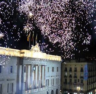Ať žije Katalánsko: v Barceloně proběhly mítinky pro a proti nezávislosti