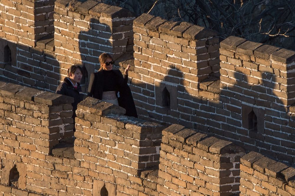 Melania Trumpová na Velké čínské zdi.
