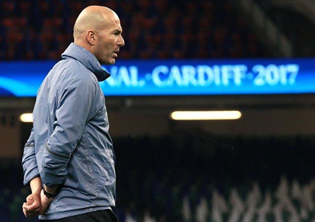 Hlavní trenér madridského Reálu Zinedine Zidane