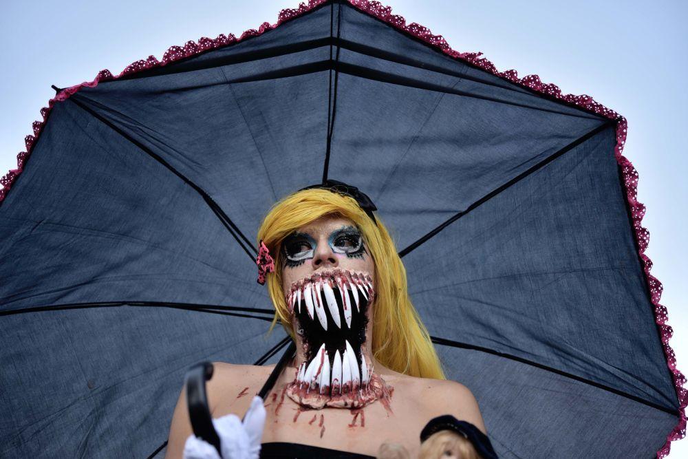 Účastnice Zombie mobu v Mexiku City, Mexiko