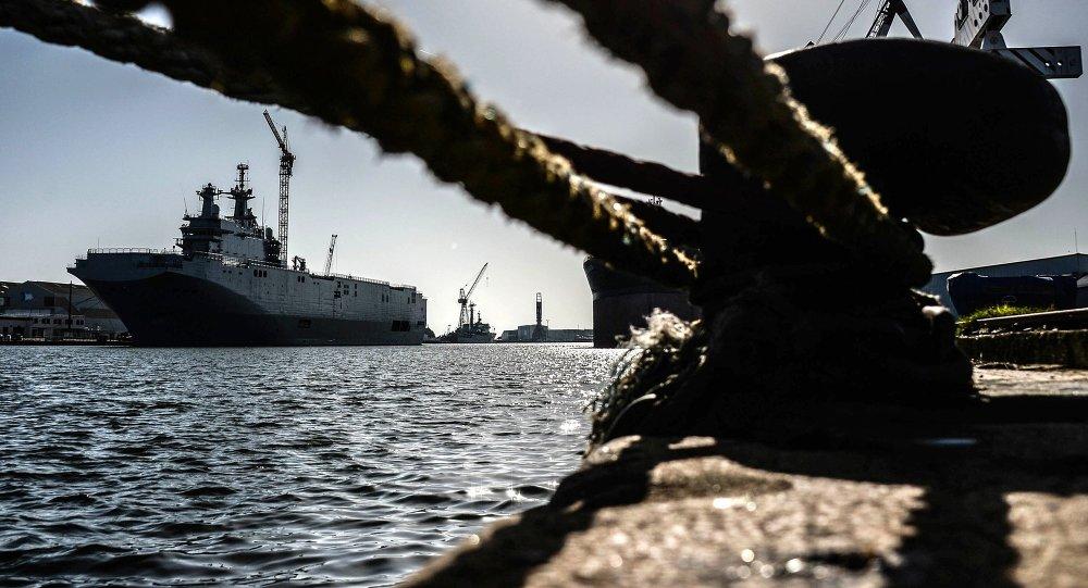 Vrtulníková loď Sevastopol třídy Mistral
