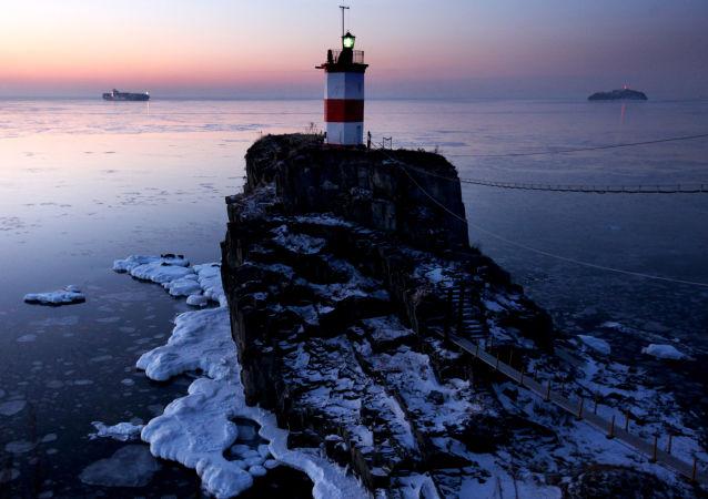 Maják ve Vladivostoku