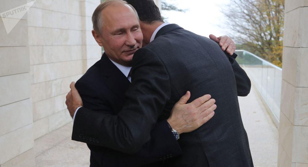 Ruský prezident Vladimir Putin se setkal v Soči s syrským prezidentem Bašárem Asadem