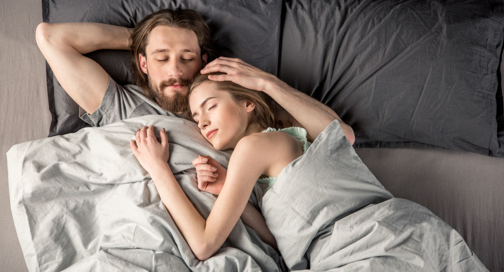 Byl zjištěn vliv sexu na spánek