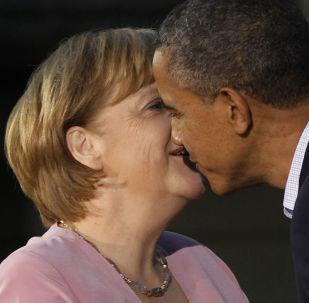 Láska nebo přátelství? Trapná vítání světových lídrů