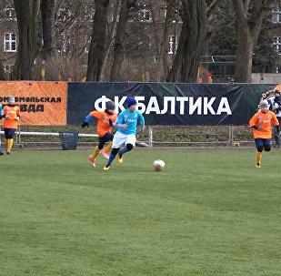 V Kaliningradě proběhl 24hodinový fotbalový zápas