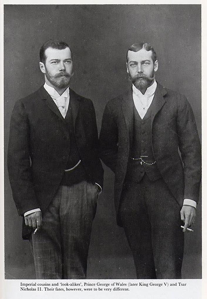 Ruský car Mikuláš II. a budoucí britský král Jiří V.