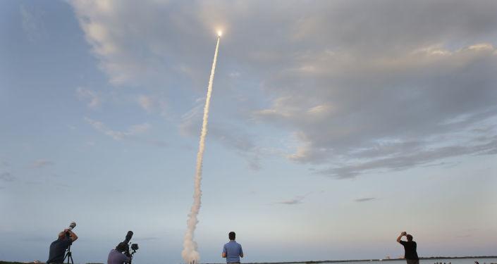 Start družice z mysu Canaveral