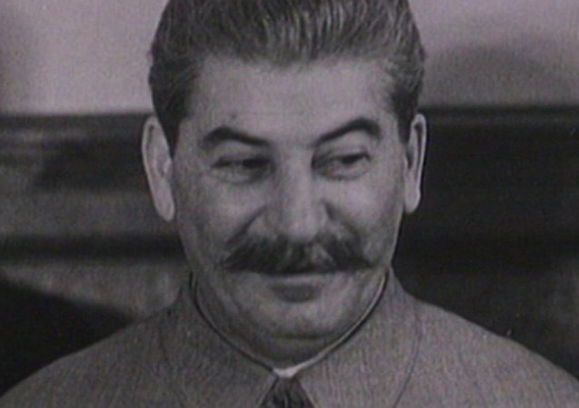 Josif Stalin se narodil před 138 lety. Archivní záběry