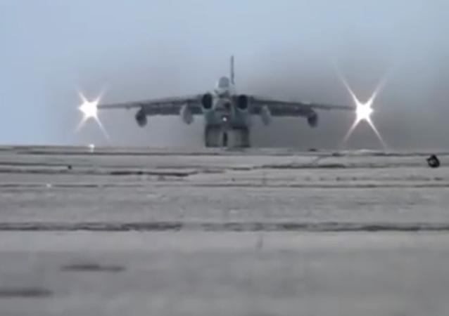 Očima pilota: vzdušný souboj a raketový útok natočili z kokpitu Su-25