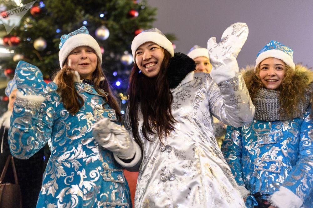 Jak proběhla čtvrtá přehlídka Sněhurek v Moskvě