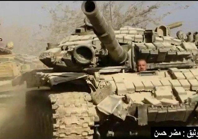 Syřané ukázali boje ve městě s účastí tanků