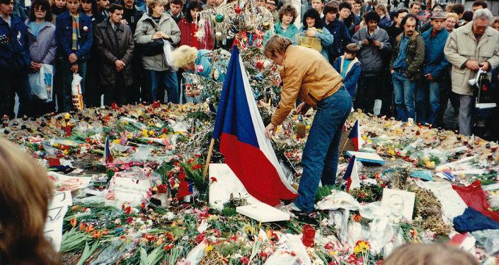 Václav Havel během Sametové revoluce v Praze