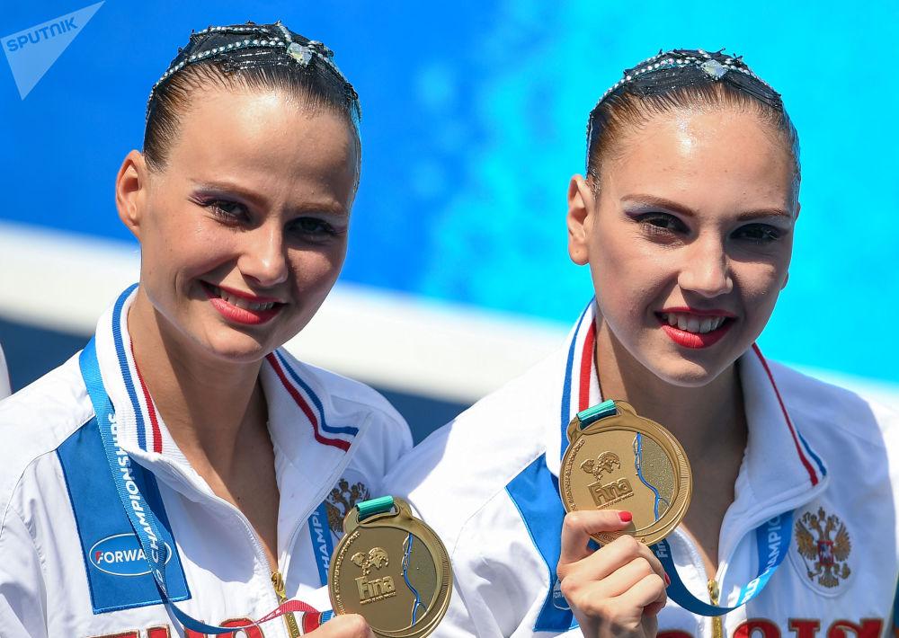 Ruské akvabely Světlana Kolesničenková a Alexandra Packevičová