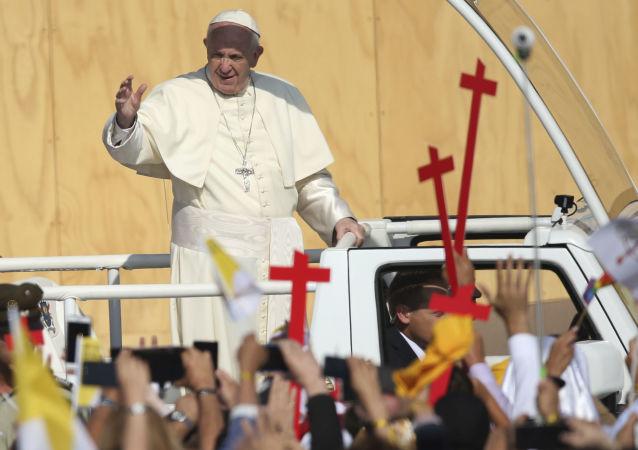 Papež František během své cesty po Chile